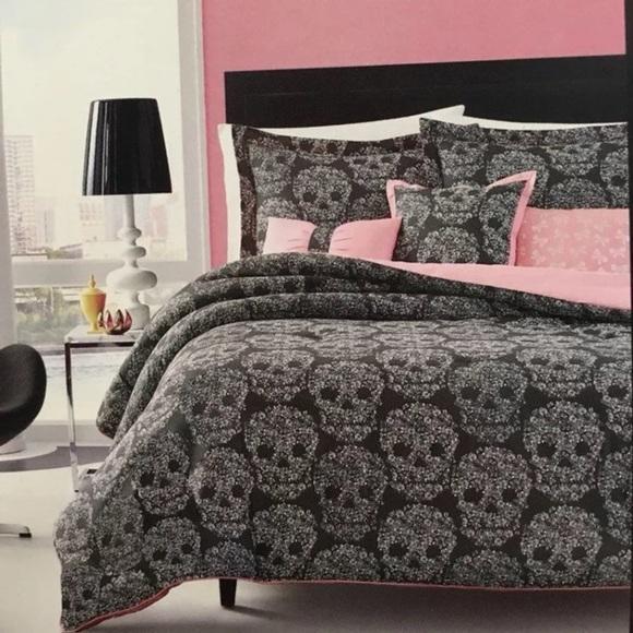 . Betsey Johnson Full Queen Comforter Set Skull Boutique